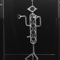 F. Meydam, Laboratoriumglas, Plastiek, 1958, Collectie Nationaal Glasmuseum.