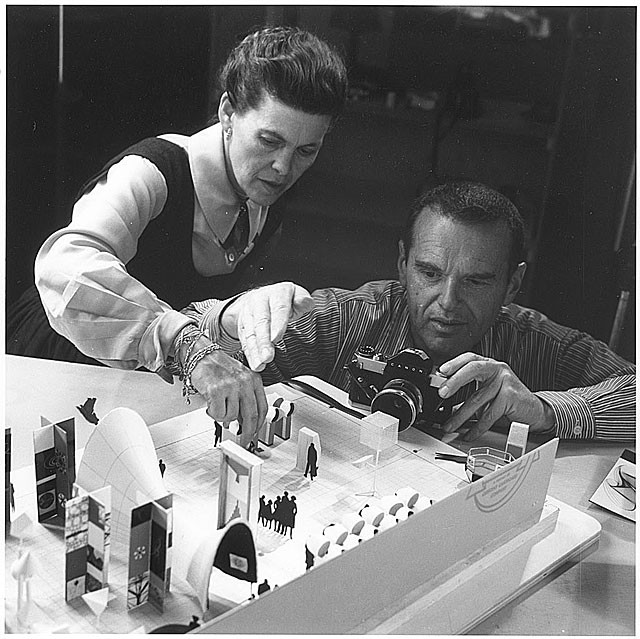 Ray and Charles Working on a Conceptual Model for the Exhibition Mathematica, 1960. Courtesy of Prelinger Archive.